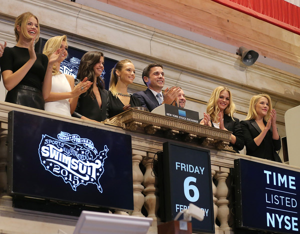 'SI' Swimsuit Models Ring the NYSE Closing Bell [sports illustrated,advertising,event,banner,competition,fan,swimsuit models,swimsuit models,closing bell,thomas farley,editor,hailey clauson,si,nyse,new york stock exchange]