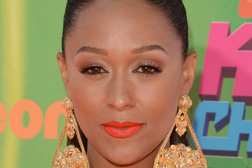 Tia Mowry Arrivals at the Nickelodeon Kids' Choice Sports Awards