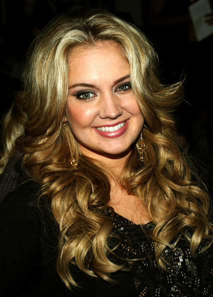 Tiffany Thornton - Photo Set