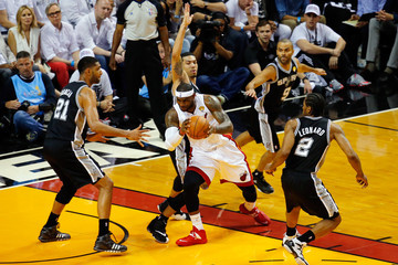 Tim Duncan NBA Finals: Game 4