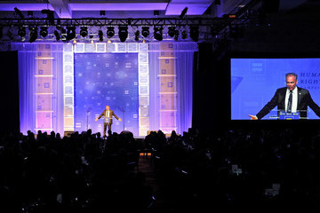 Tim Kaine The Human Rights Campaign 2017 Los Angeles Gala Dinner - Inside