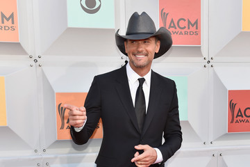 Tim McGraw 51st Academy of Country Music Awards - Arrivals