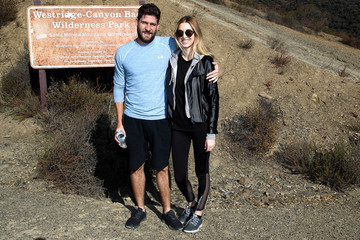 Tim Rosenman Whitney Port Hikes With Allbirds and Friends
