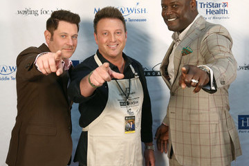 Tim Rushlow Waiting for Wishes Celebrity Waiters Dinner hosted by Kevin Carter and Jay DeMarcus