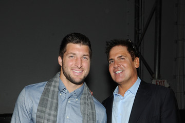 Tim Tebow DirecTV Super Saturday Night - Inside