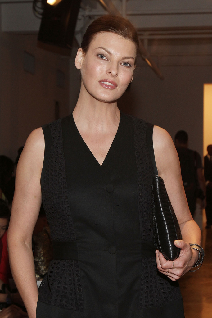 linda evangelista in mbfw front row at timo weiland women. Black Bedroom Furniture Sets. Home Design Ideas