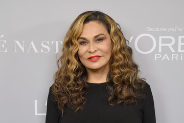 Tina Knowles Glamour Celebrates 2017 Women Of The Year Awards - Backstage