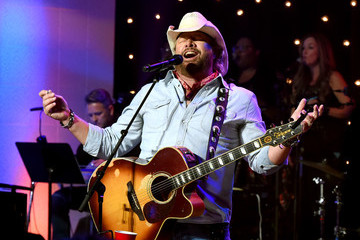 Toby Keith Skyville Live Honors Jerry Lee Lewis With Live Concert Stream