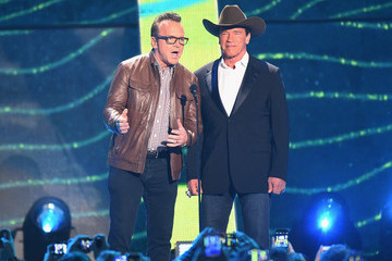 Tom Arnold 2015 CMT Music Awards - Show