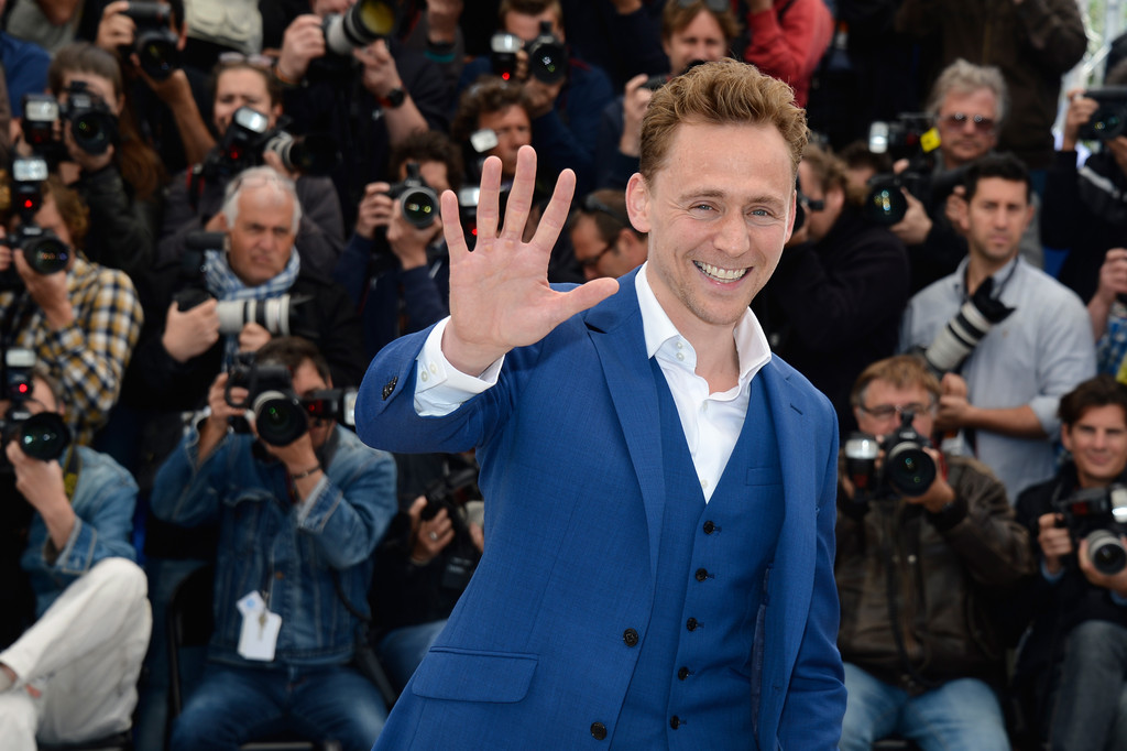 http://www3.pictures.zimbio.com/gi/Tom+Hiddleston+Hommage+Kim+Novak+Event+Cannes+8_3LzXH8oMux.jpg