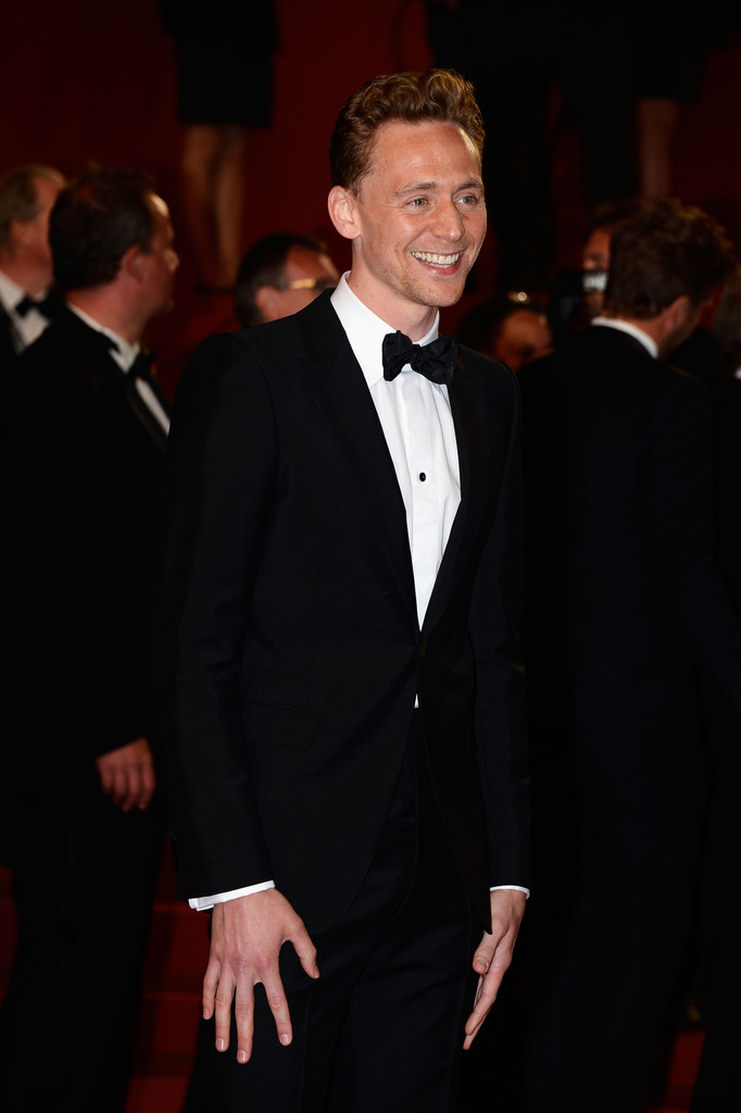 http://www3.pictures.zimbio.com/gi/Tom+Hiddleston+Only+Lovers+Left+Alive+Premieres+EFoW3wx9Q6vx.jpg