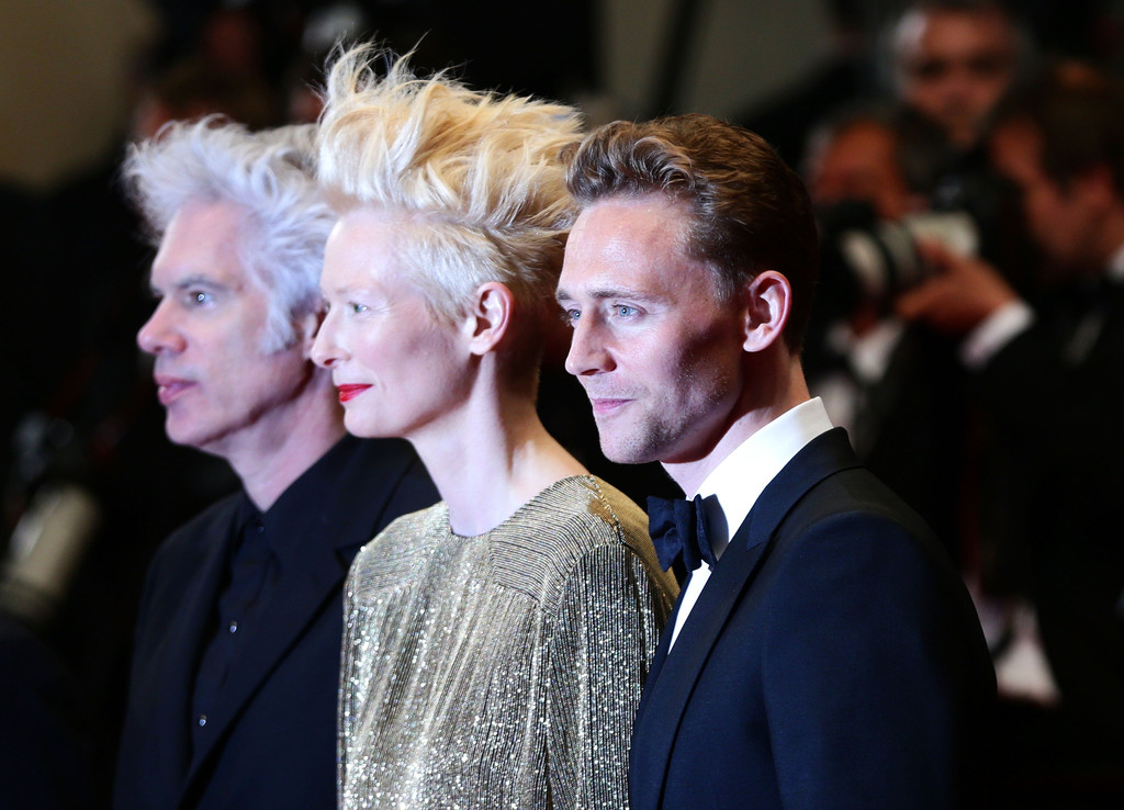 http://www3.pictures.zimbio.com/gi/Tom+Hiddleston+Only+Lovers+Left+Alive+Premieres+RYhG2pfIRkyx.jpg