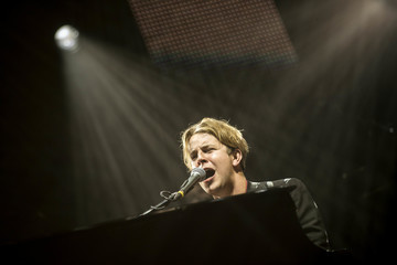 Tom Odell Clyde 1 Christmas Live