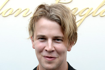 Tom Odell Burberry - Arrivals - LFW AW16