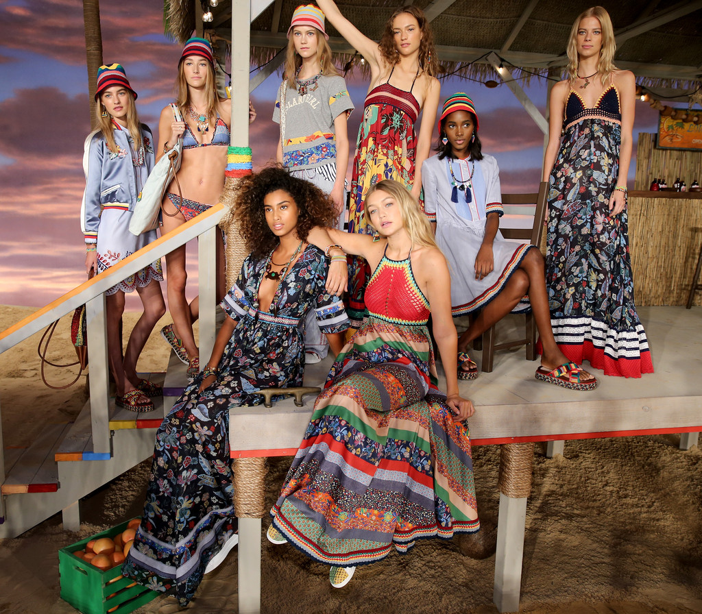 Julie hoomans in tommy hilfiger women 39 s backstage spring 2016 new york fashion week the - Tommy hilfiger show ...