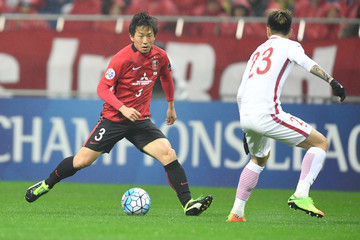 Tomoya Ugajin Urawa Red Diamonds v Shanghai SIPG FC - AFC Champions League Group F