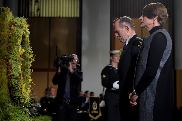 Australia Remembers Victims of MH17 One Year On []