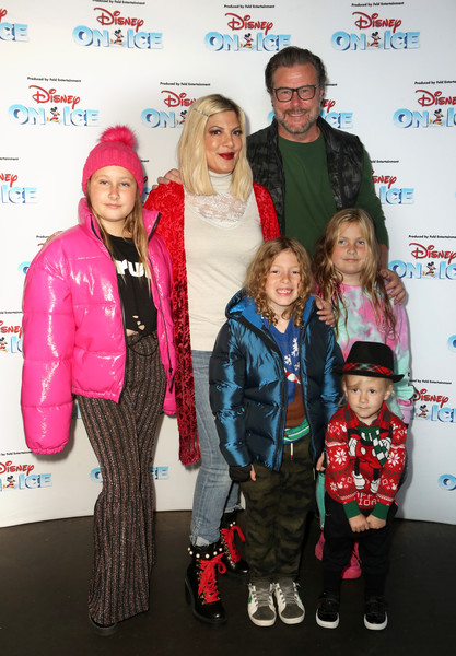 Disney On Ice Presents Mickey's Search Party Holiday Celebrity Skating Event [event,fashion,outerwear,premiere,carpet,child,jacket,performance,fashion design,staples center,california,los angeles,disney on ice presents mickeys search party holiday celebrity skating event,children,hattie liam,tori spelling,stella,dean mcdermott]