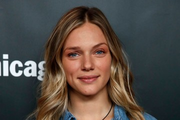 Tracy Spiridakos parents