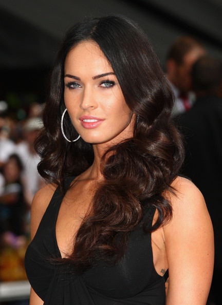 Megan Fox arrives for the Transformers: Revenge of the Fallen Premiere at
