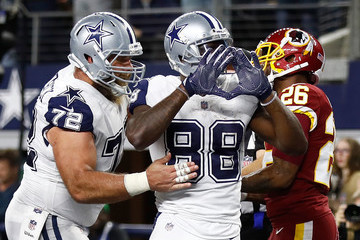 Travis Frederick Washington Redskins v Dallas Cowboys
