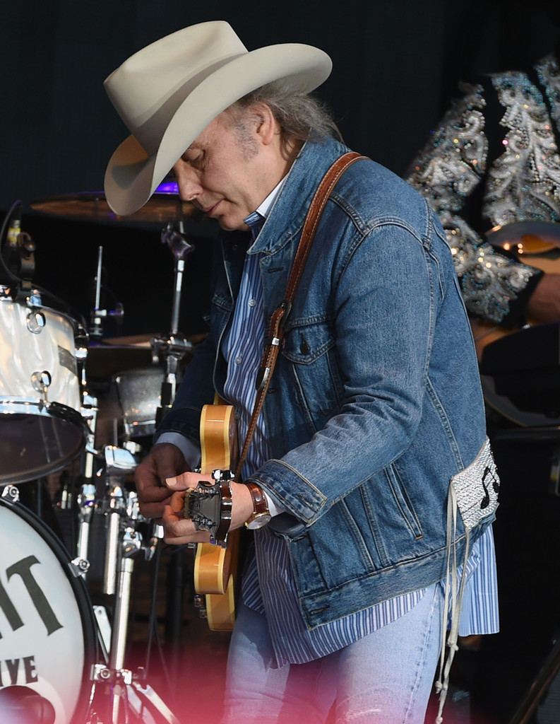Dwight Yoakam Photos Photos Tree Town Music Festival