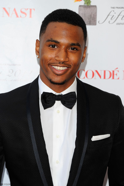 trey songz shirtless 2011. trey songz 2011 pictures.