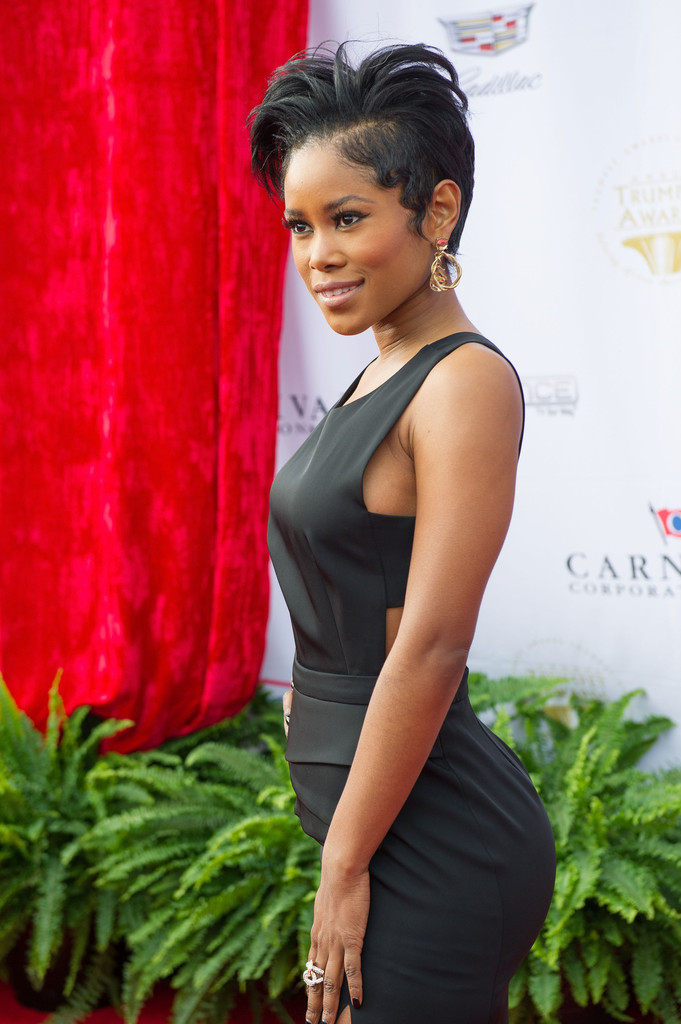 Jasmine Burke Photos Photos Trumpet Awards 2016 Zimbio