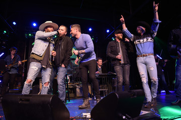 Tyler Farr 2nd Annual 90's Night Benefiting The T.J. Martell Foundation