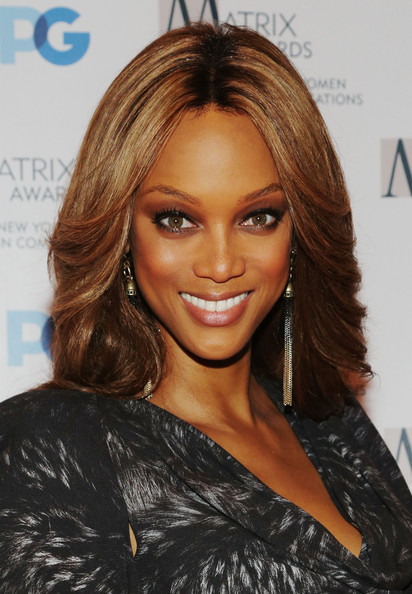 http://www3.pictures.zimbio.com/gi/Tyra+Banks+2012+Matrix+Awards+Luncheon+h8naXjkyRZFl.jpg