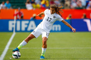 Tobin Heath #17 of the United States contols the ball against Colombia in the first half in the FIFA Women's World Cup 2015 Round of 16 match at Commonwealth Stadium on June 22, 2015 in Edmonton, Canada.