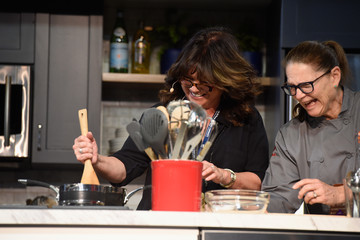 Valerie Bertinelli Food Network & Cooking Channel New York City Wine & Food Festival Presented by Coca-Cola