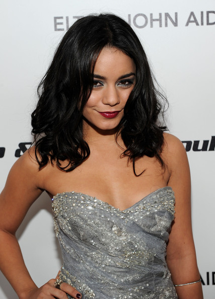 vanessa hudgens 2011 photoshoot. vanessa hudgens leaked photos