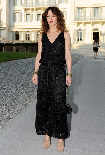 Vanessa Paradis Vanessa Paradis attends the Chanel Collection Croisiere Show 2011-12 at the Hotel du Cap on May 9, 2011 in Cap d'Antibes, France.