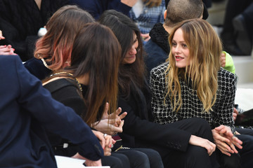Vanessa Paradis Chanel : Front Row - Paris Fashion Week - Haute Couture Spring  Summer 2017
