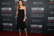 Elizabeth Chambers attends the Vanity Fair and Annenberg Space for Photography's Celebration of The Opening of Vanity Fair: Hollywood Calling, sponsored by The Ritz-Carlton on February 04, 2020 in Century City, California.