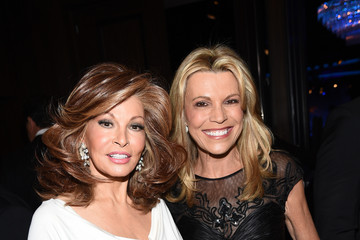 Vanna White 2014 Carousel of Hope Ball Presented by Mercedes-Benz - Red Carpet