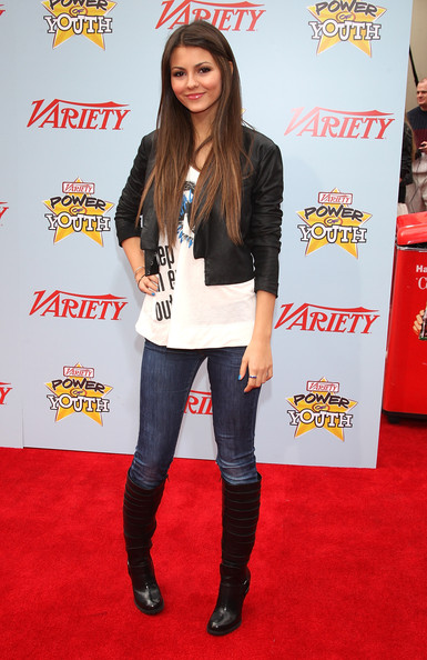 Victoria Justice Actress Victoria Justicve arrives at Variety's 3rd Annual Power of Youth Event at Paramount Studios, on December 5, 2009 in Los Angeles, California.