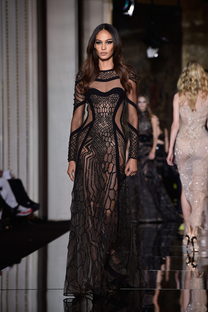 Versace runway paris fashion week haute couture s s for Haute couture week