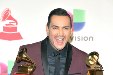 Victor Manuelle The 19th Annual Latin GRAMMY Awards - Press Room