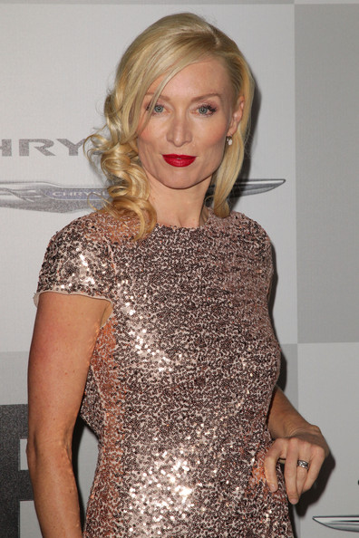 victoria smurfit once upon a time
