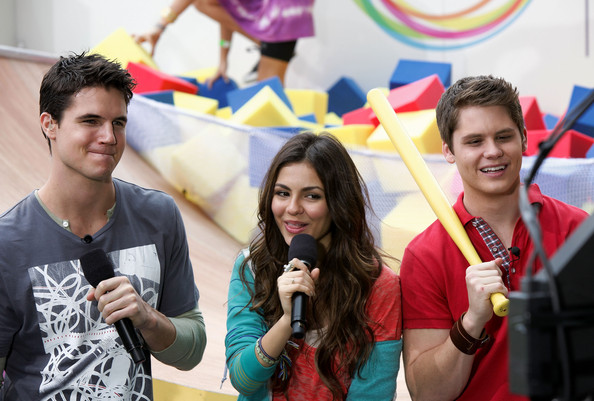 Victoria Justice Nickelodeon's (L-R) Robbie Amell, Victoria Justice and Matt Shively speak during Nickelodeon's Annual Worldwide Day of Play at NYC Big Brothers Big Sisters RBC Race for the Kids Event in Riverside Park on September 25, 2010 in New York City.
