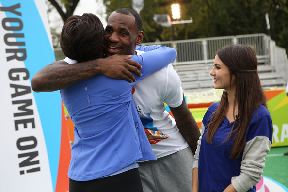 Victoria Justice First Lady Michelle Obama, NBA player LeBron James and Victoria Justice celebrate Nickelodeon's largest ever Worldwide Day of Play at the Ellipse on September 24, 2011 in Washington, DC.