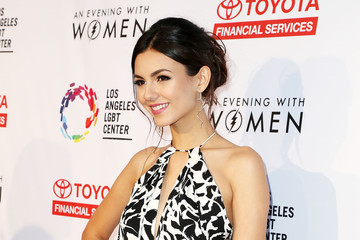 Victoria Justice An Evening With Women Benefitting the Los Angeles LGBT Center - Arrivals