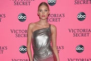 Elsa Hosk attends the Victoria's Secret Viewing Party ar Spring Studios on December 2, 2018 in New York City.
