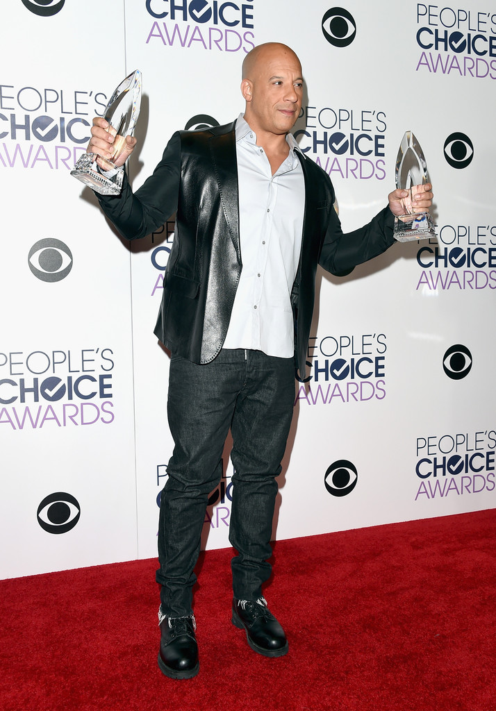http://www3.pictures.zimbio.com/gi/Vin+Diesel+People+Choice+Awards+2016+Press+gyAyi56XGEGx.jpg