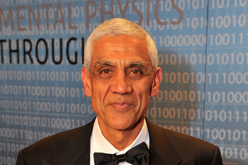Vinod Khosla Stars at the Breakthrough Prizes Ceremony