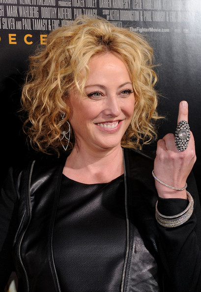 Virginia Madsen - Wallpaper Colection