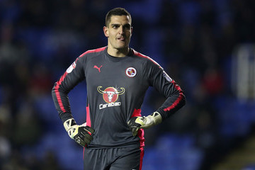 Vito Mannone Reading v Sheffield United - Sky Bet Championship