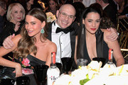 """Courage Award recipient Sofia Vergara, Pitbull and Natalie Martinez attend WCRF's """"An Unforgettable Evening"""" Presented by Saks Fifth Avenue on February 27, 2018 in Beverly Hills, California."""